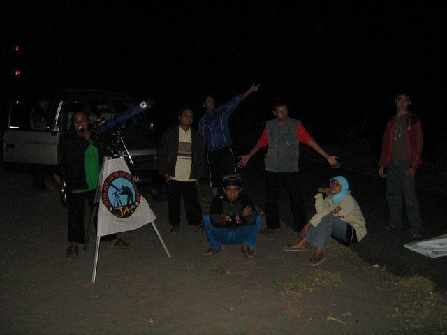 Observasi Hujan Meteor Lyrid 2010 (1)