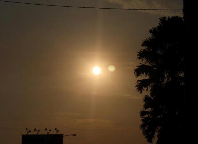 Kebenaran foto planet di samping matahari kafe astronomi