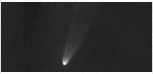 Komet Lovejoy pada Sabtu, 17 Desember 2011 jelang Matahari terbit dari Argentina, diabadikan oleh Cerny dkk dengan fasilitas teleskop robotik FRAMM.