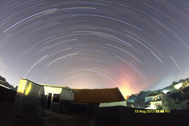 JokoPrasetiyo Startrail Langit Utara Kudus