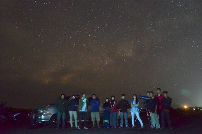 Tim Penjelajah Langit. Credit : Hariyanto Surbakti