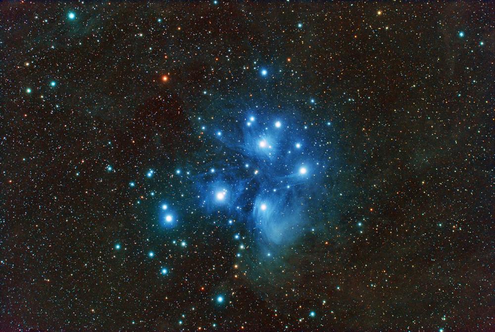 Contoh gugus bintang Pleiades. Sumber : Antonio Fernandez-Sanchez