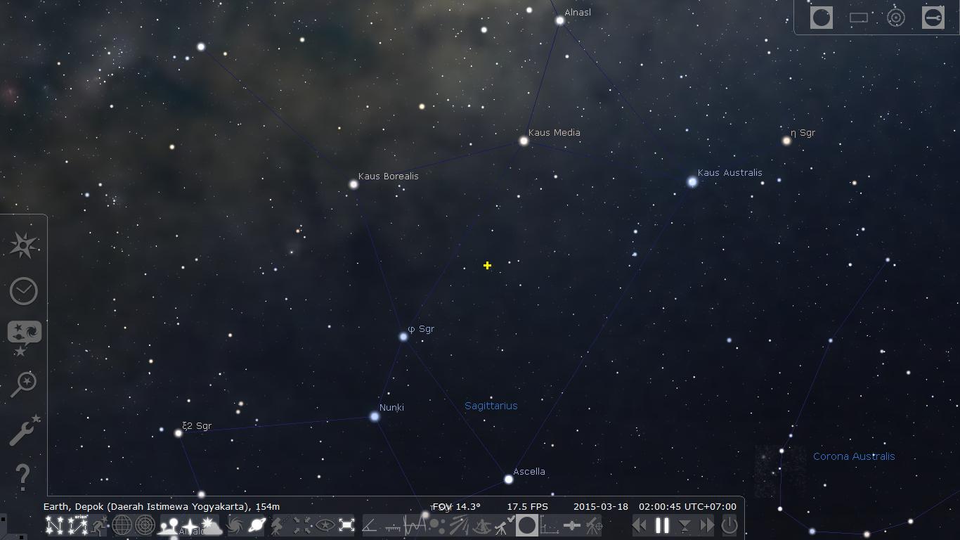 """Lokasi Nova Sagittarii ditandai dengan """"+"""". Sumber : Stellarium."""