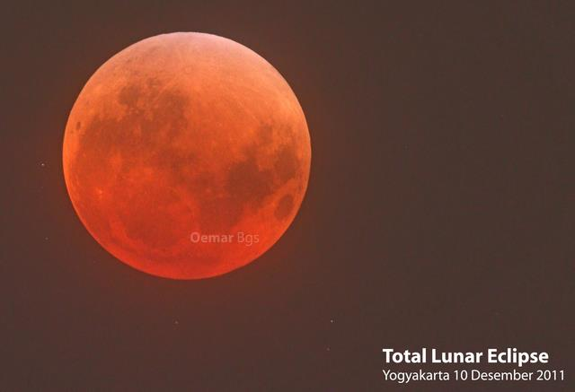 Gerhana Bulan Total 2011. Sumber : Syaiful Umar 20122